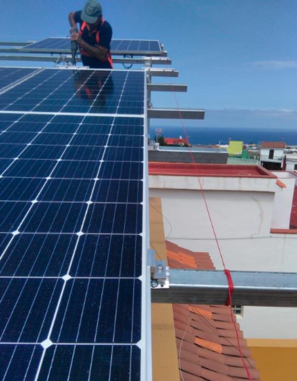 ¿Por qué instalar paneles solares con Estudio Termosolar?