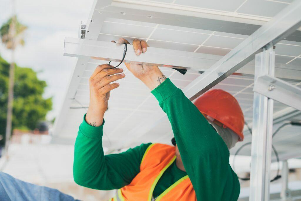 por qué instalar placas solares con estudio termosolar